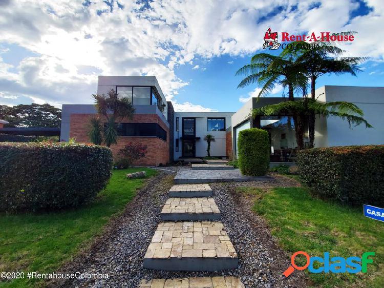 Casa en casa blanca suba(bogota) rah co: 21-1388