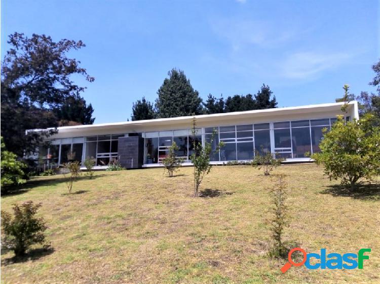 Casa yerbabuena -10 mil m2 (lote) / 250 m2 construidos - 2.000 mill