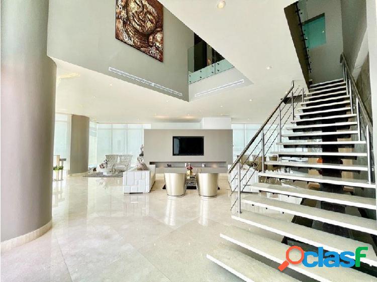 En VENTA!Epectacular apartamento triplex en Castillogrande! 1