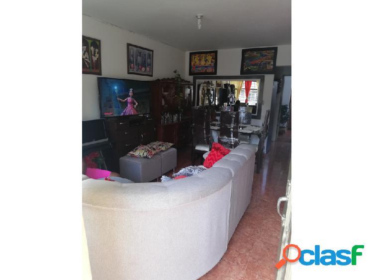 venta casa 2 pisos independientes Comercial en Napoles, Sur (Y.P.)