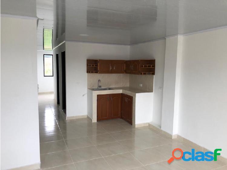 Venta de espectacular casa sector villaverde **009