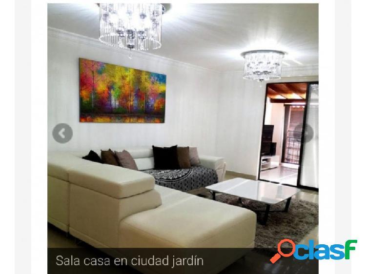 Casa en condominio en venta ciudad jardin sur de cali (jm)
