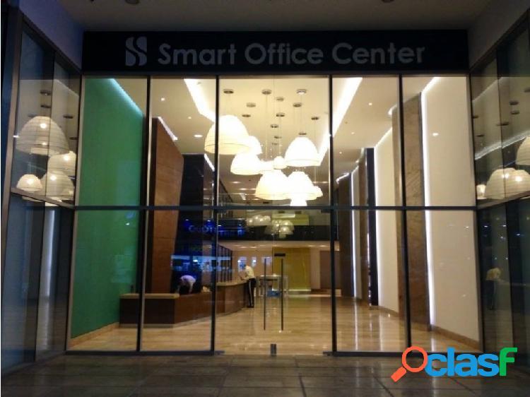 Arriendo oficina centro empresarial en sector salud.