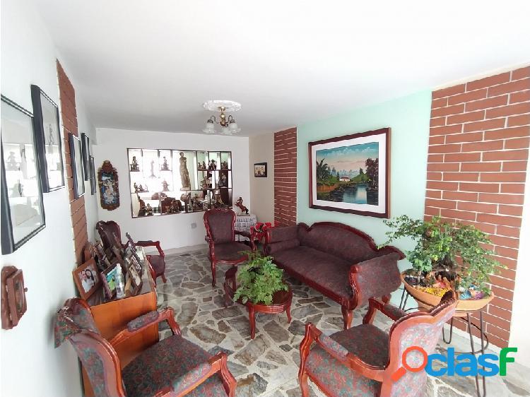 En venta casa sector cabañitas