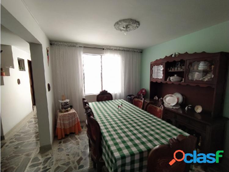 En venta casa sector cabañitas 3