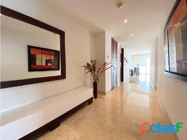 En Venta! Espectacular apartamento frente a la Bahía! 3 alcobas! 2