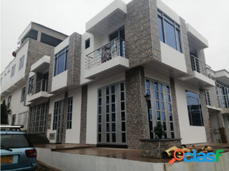 Se vende edificio nuevo en la urbanización portal del mirador