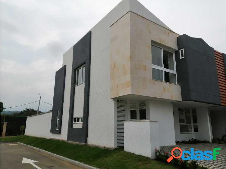 Alquiler casa campestre en condominio en parcelaciones pance
