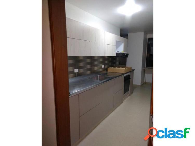 Apartamento cristales piso 6° cali