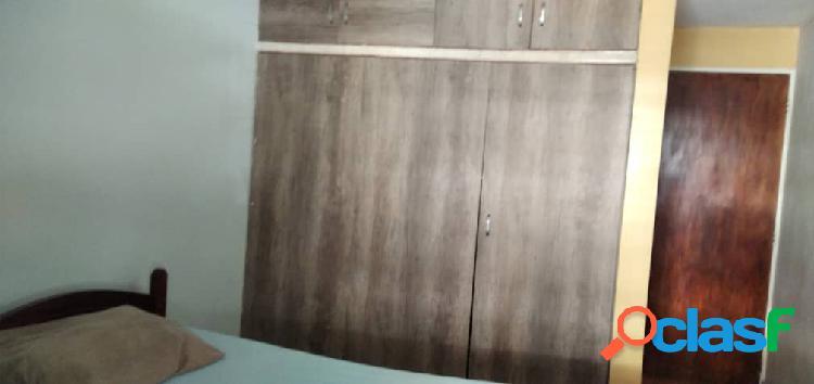 CASA EN VENTA EN CAMINOS DE LA MENDERA 1