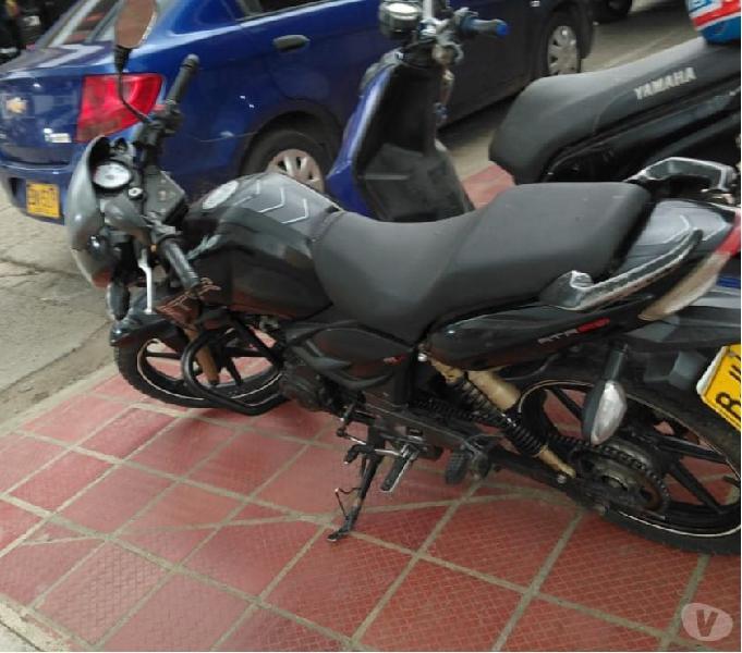 Vendo moto apache 2013