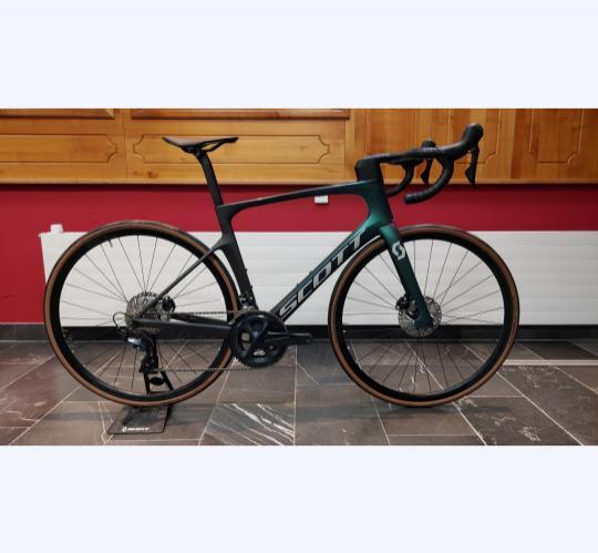 2021 scott foil 30 road bike