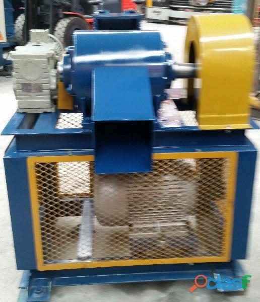 Fabricación de Maquinaria para Reciclaje de Llantas Usadas y Plásticos. 6