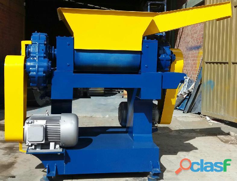 Fabricación de Maquinaria para Reciclaje de Llantas Usadas y Plásticos. 7