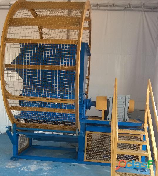 Fabricación de Maquinaria para Reciclaje de Llantas Usadas y Plásticos. 8