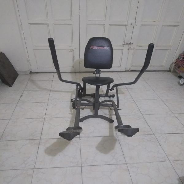 Vendo bicicleta para hacer ejercicios