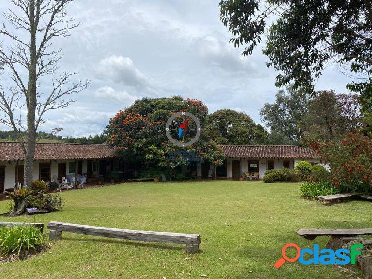 Casa campestre para renta en rionegro 3445