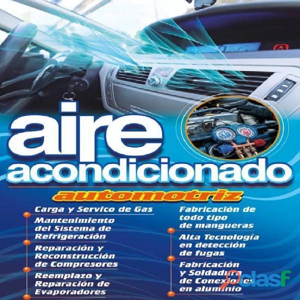 Técnicos de aire acondicionado automotriz
