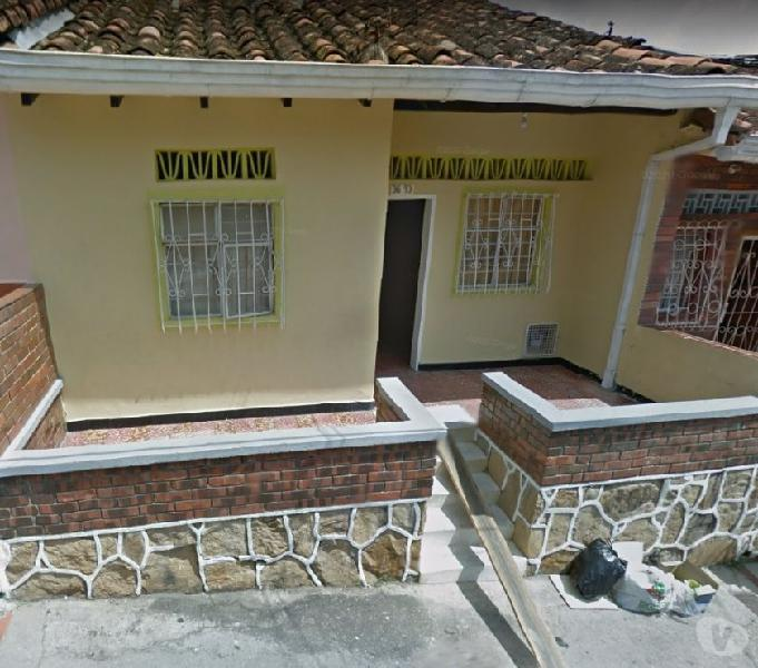 Casa economica barrio la joya