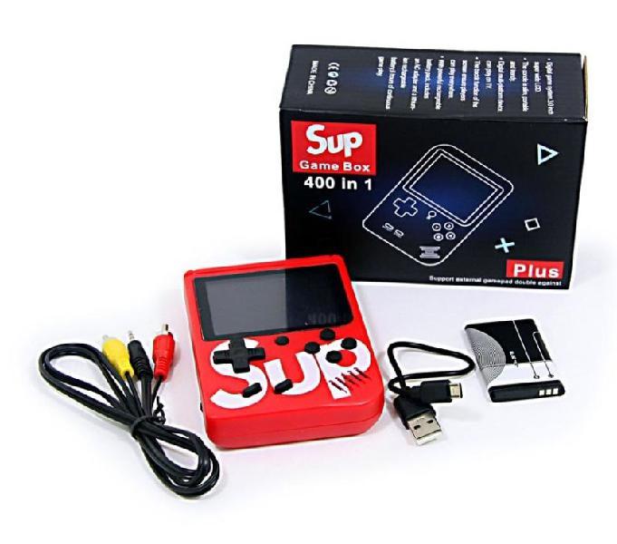 Económica y novedosa consola de video juegos portátil 400