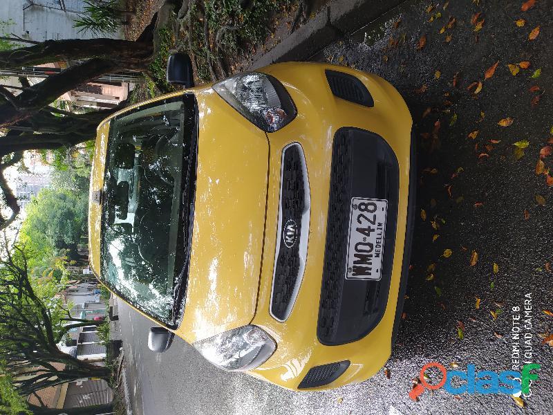 Kia ión 2017 taxi gasolina