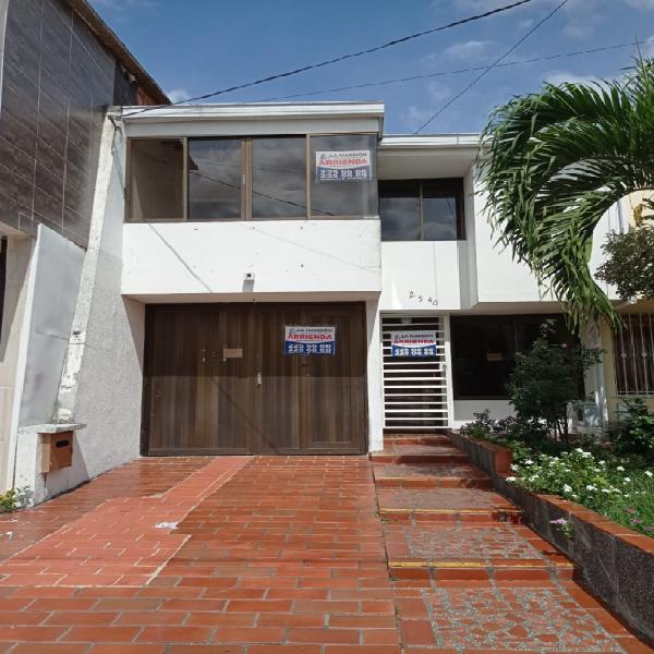 Arrienda casa barrio nuevo alvernia cra 33a # 25 - 40