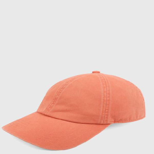 Gorra naranja gap