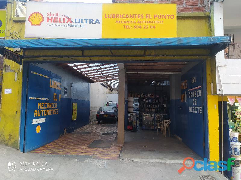 Almacén de lubricación y taller automotriz
