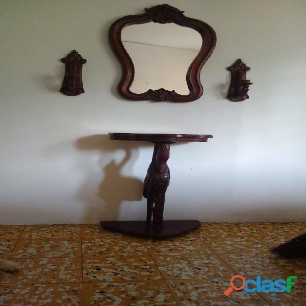 Espejo mesa y candelabros artesanales