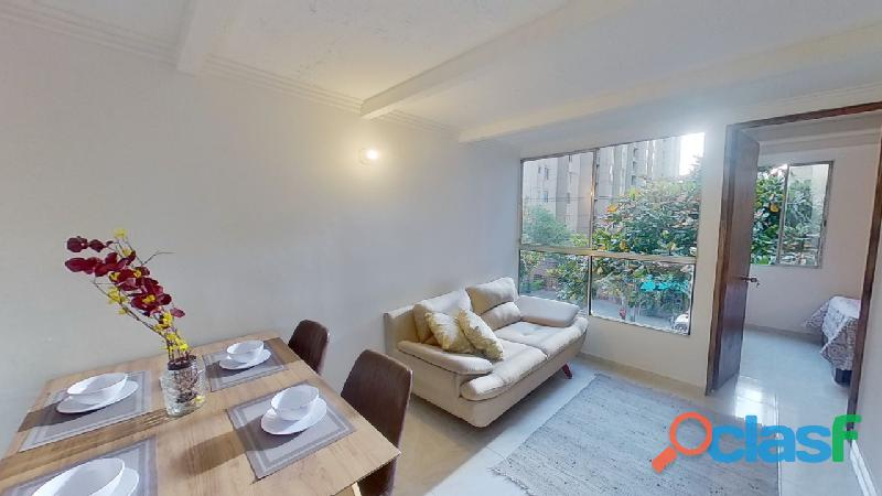 Se vende bonito Apartamento en Ciud. Sevilla cerca a U de A.