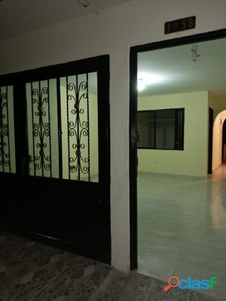 VENDO CASA DE 2 PISOS INDEPENDIENTES CON TERRAZA Y GARAJE, en Villa Paulina 1 19