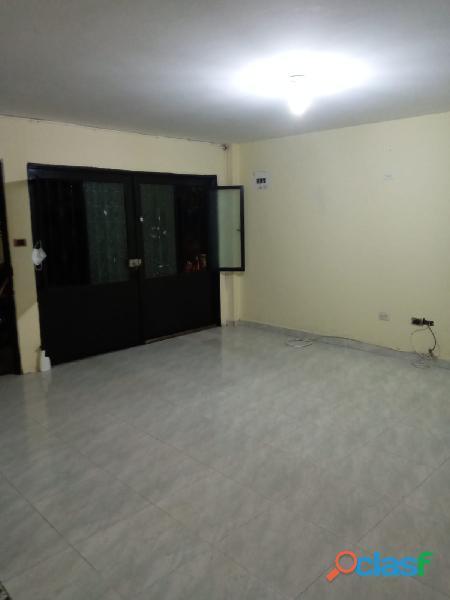 VENDO CASA DE 2 PISOS INDEPENDIENTES CON TERRAZA Y GARAJE, en Villa Paulina 1 17