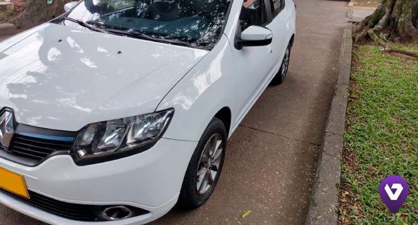 Vendo Excelente Renault logan privilegie 1600