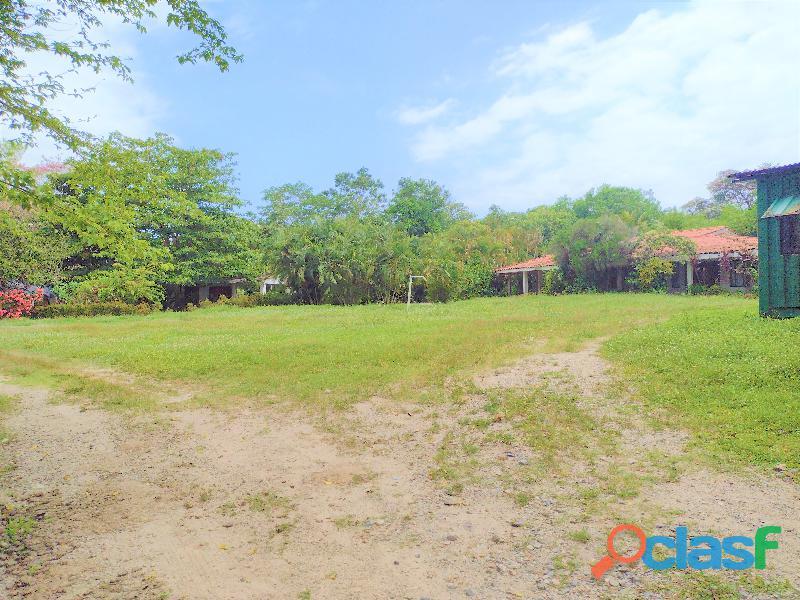 Finca con Rio y Playa en Palomino, Colombia 3