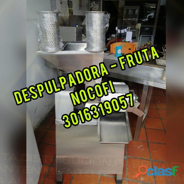 MAQUINA DESPULPADORA DE FRUTA EN MEDALLO