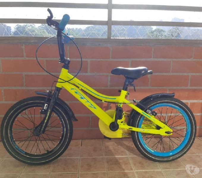 Bicicleta RIN 16 excelente estado