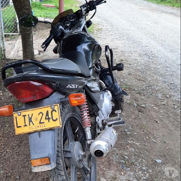 Suzuki gsx 150 año 2011