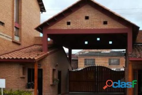 Chía Villa Mercedes vende linda casa